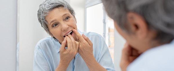 Neteja dental a casa Blanes Girona