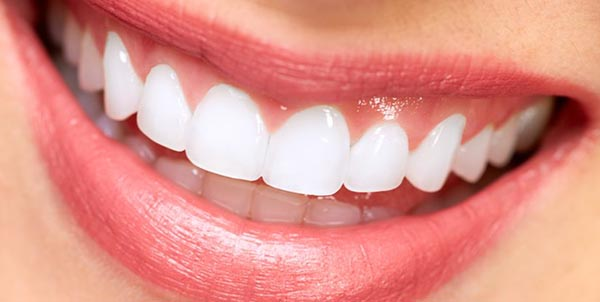 Neteja i emblanquiment dental blanes girona