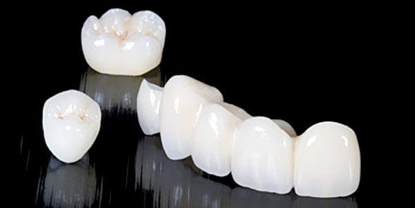 Corones dentals de zirconi